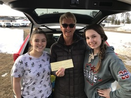 BHS Student Council Donates to Food Shelf